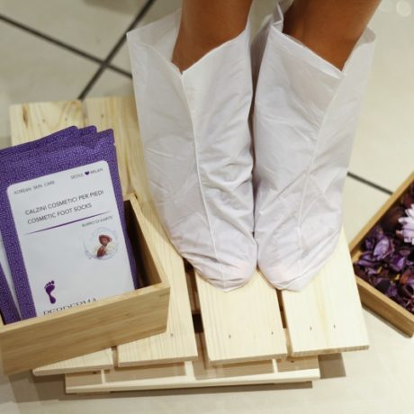 Perderma_Cosmtic-Foot-Socks-13